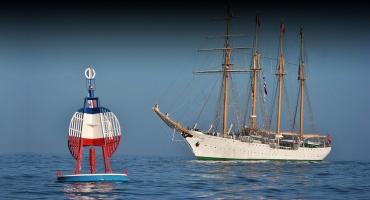 Tres Décimas al Mes del Mar