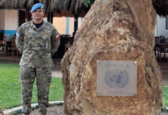 Oficial de la Armada se Integra a la Misión de Paz en República Centroafricana