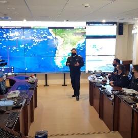 La presencia de flotas pesqueras internacionales frente a las costas sudamericanas