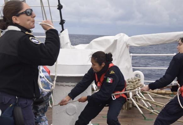 El liderazgo femenino en la Armada