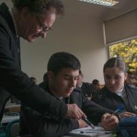 Comunidades de Aprendizaje Profesional y su Relación con la Escuela Naval